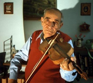 Papà che suona il violino