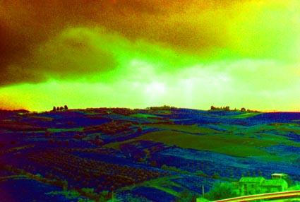 Paesaggio nuvoloso saturato 3